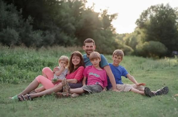 Семья, погибшая в смертельном ДТП под Киевом 12 июля